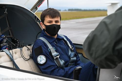 Portrait d'une jeune recrue des escadrilles air jeunesse à Luxeuil